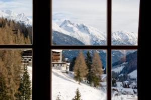Der Waldhof, Hotely  Sankt Anton am Arlberg - big - 4