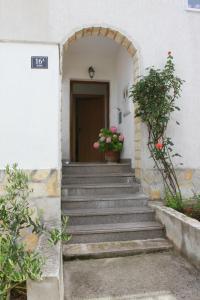 Apartments Sanader, Apartmanok  Trogir - big - 24