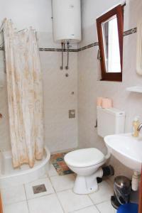 Apartments Sanader, Apartmanok  Trogir - big - 7
