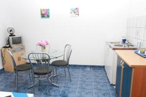 Apartments Sanader, Apartmanok  Trogir - big - 16