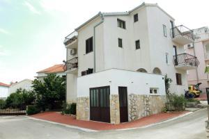 Apartments Sanader, Апартаменты  Трогир - big - 1
