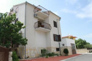 Apartments Sanader, Apartmány  Trogir - big - 31