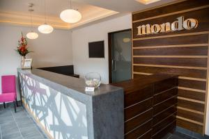 Mondo Hotel, Hotels  Coatbridge - big - 41