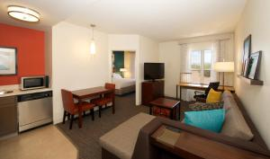Residence Inn Phoenix Airport, Hotely  Phoenix - big - 22