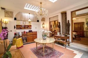 Navona Gallery & Garden Suites - abcRoma.com