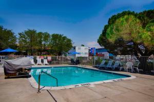 Motel 6 Reno West, Hotely  Reno - big - 27