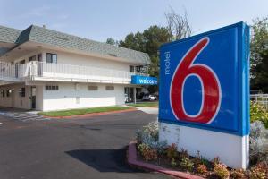 Motel 6 Davis - Sacramento Area, Hotely  Davis - big - 11