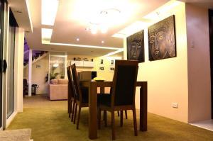 Luxurious Penthouse Unit in Cebu, Apartmány  Cebu City - big - 4