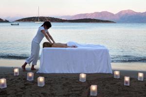 Minos Beach Art Hotel, Hotely  Agios Nikolaos - big - 36
