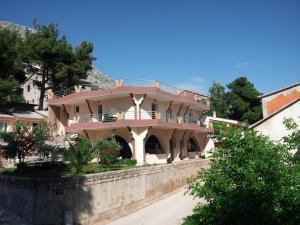 Villa Perkovic