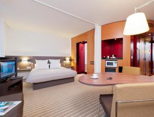 Novotel Suites Lille Europe, Hotel  Lille - big - 4