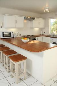 The Potting Shed Self Catering, Apartmány  Hermanus - big - 3