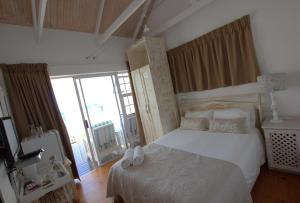 1 Point Village Guesthouse & Holiday Cottages, Apartmanok  Mossel Bay - big - 40