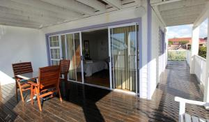 1 Point Village Guesthouse & Holiday Cottages, Apartmanok  Mossel Bay - big - 35