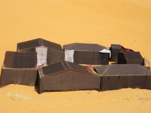 Marhaba Camp, Camel & Sandboarding, Luxury tents  Merzouga - big - 23