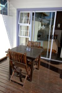 1 Point Village Guesthouse & Holiday Cottages, Apartmanok  Mossel Bay - big - 23
