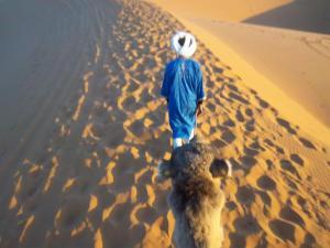 Marhaba Camp, Camel & Sandboarding, Luxury tents  Merzouga - big - 70