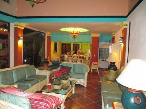 Casa Virgilios B&B, Bed & Breakfast  Nuevo Vallarta  - big - 23