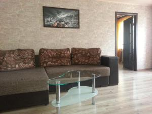 Apartment on Ploshad Pobedy, Ferienwohnungen  Vitebsk - big - 6
