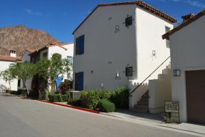 Three-Bedroom Ground Floor Villa Unit 394 by Reynen Luxury Homes, Holiday homes  La Quinta - big - 9