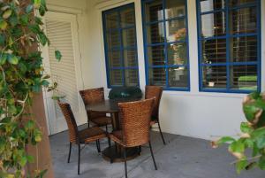Three-Bedroom Ground Floor Villa Unit 394 by Reynen Luxury Homes, Holiday homes  La Quinta - big - 14