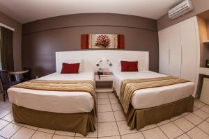 Superior Twin Room with Side Sea View