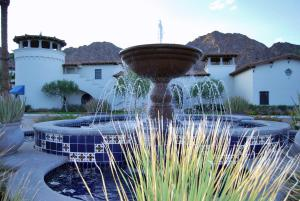 Two Story Three-Bedroom Townhouse Unit 365 by Reynen Luxury Homes, Holiday homes  La Quinta - big - 49