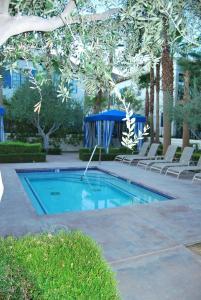 Three-Bedroom Ground Floor Villa Unit 394 by Reynen Luxury Homes, Holiday homes  La Quinta - big - 16
