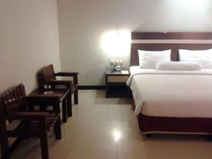 Agung Hotel, Hotel  Kendari - big - 27