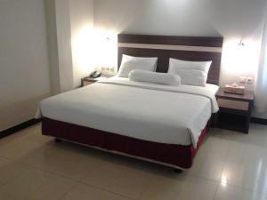 Agung Hotel, Hotel  Kendari - big - 28