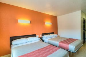 Dobbeltværelse med 2 dobbeltsenge