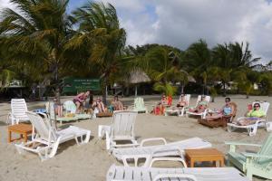 Green Parrot Beach Houses and Resort, Lodge  Maya Beach - big - 43