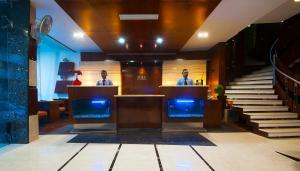 Hotel Aura, Отели  Нью-Дели - big - 77