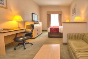 Comfort Inn & Suites Airport Reno, Szállodák  Reno - big - 7