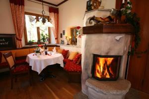 Gasthof zum Sonnenwald, Penziony  Schöfweg - big - 66