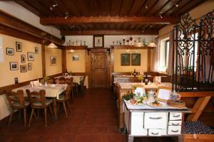 Gasthof zum Sonnenwald, Penziony  Schöfweg - big - 36