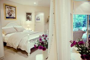 The Gallery Bed and Breakfast, Bed and Breakfasts  Adelaide - big - 2