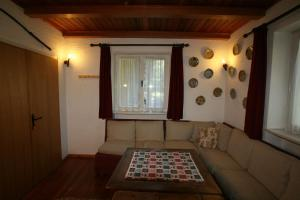 B&B Villa Dolomites Hut, Bed & Breakfast  San Vigilio Di Marebbe - big - 4