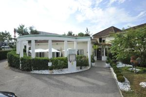 Logis Cottage Hotel