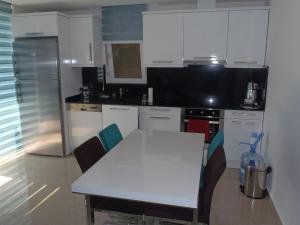 Sunset Beach Vip 2 Residences, Apartmanok  Alanya - big - 3