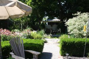 Schoolmaster's House Bed & Breakfast, Bed and Breakfasts  Niagara on the Lake - big - 40