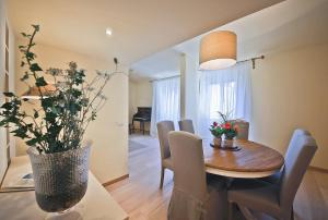Apartments Florence - Alfani, Apartmanok  Firenze - big - 19