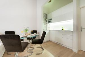 Apartments Florence - Federighi, Apartmanok  Firenze - big - 9