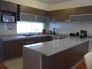 Spacious Apartment in Miraflores, Appartamenti  Lima - big - 8