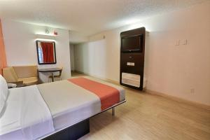 Supreme Zimmer mit Kingsize-Bett