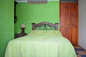 Hotel Casa Colonial, Hotels  Santa Rosa de Cabal - big - 36