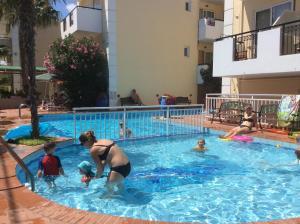 Bueno Hotel, Residence  Platanes - big - 2