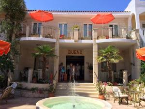 Bueno Hotel, Residence  Platanes - big - 87