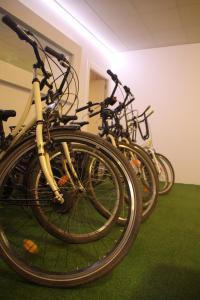 Flatsforyou Bed and Bike Carmen, Апартаменты  Валенсия - big - 67