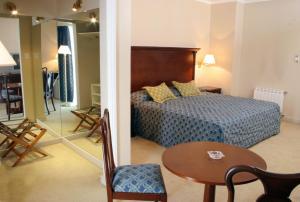 Provincial Plaza Hotel, Hotel  Salta - big - 15